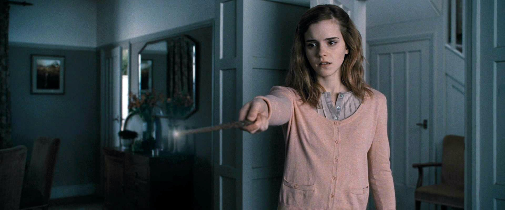 15 'Harry Potter' Spells We Really Wish We Could Use In Real Life