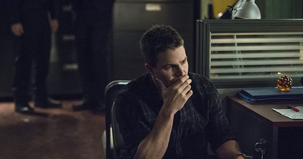 the wrong arrow Arrow had us fooled with a rather dull episode that kicked into life at the end read the review for thoughts and excitement about unfinished business.