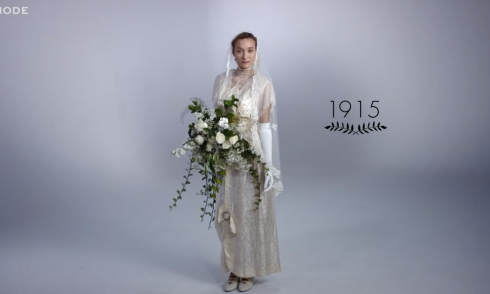 100 Years Of Wedding Gowns Shows That Some Bridal Styles Are Clics Video