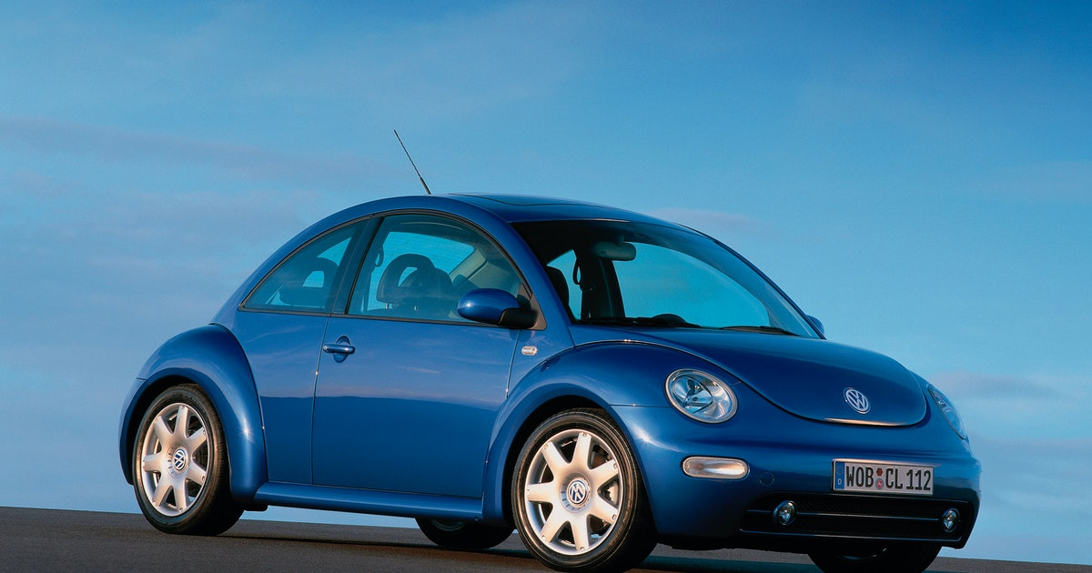 Punch Buggy Car >> 8 Early 2000s Pop Culture Moments That Made the Volkswagen New Beetle Your Dream Car