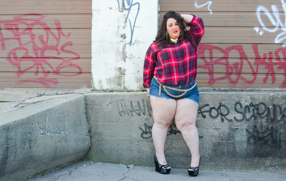 13 Short Girl Fashion Rules To Break In Body Positive Style
