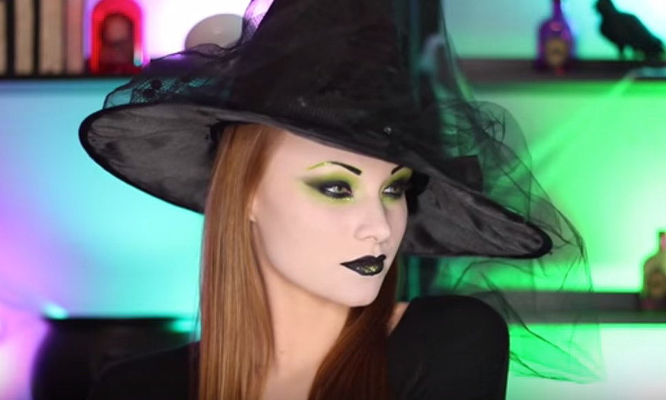 7 Last Minute Witch Makeup Tutorials For Halloween That ...