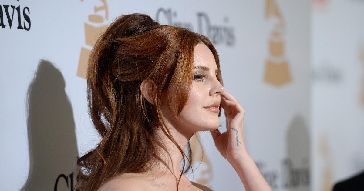 Is Lana Del Rey S Blonde Hair Real Tis The Season For Lighter Locks Photos