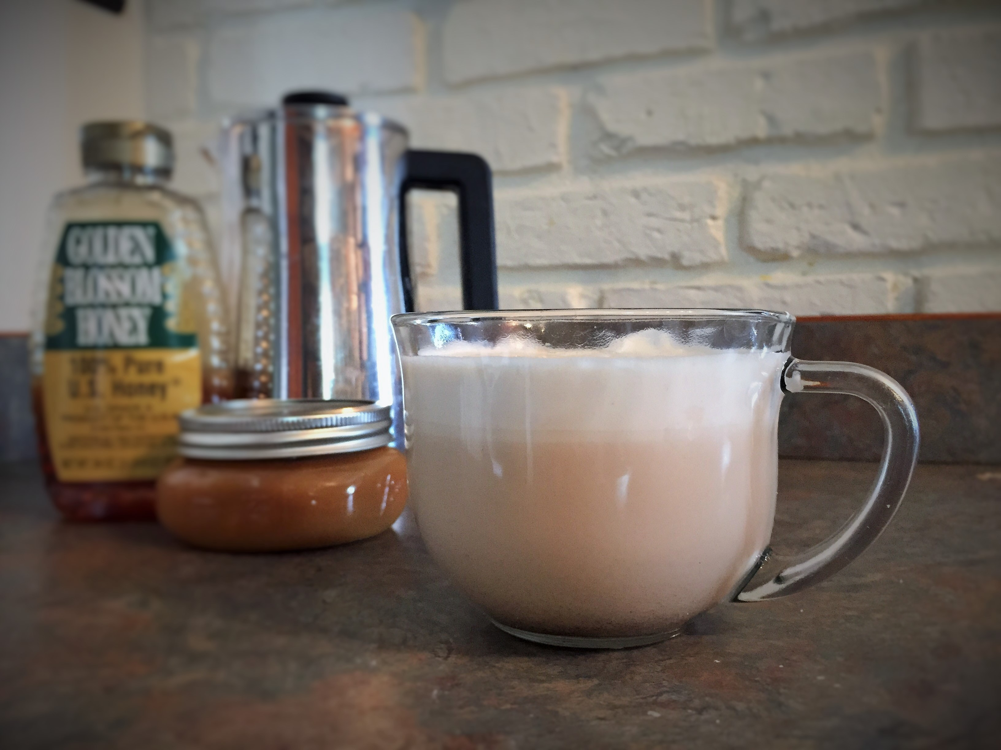 How To Make A Starbucks Caramelized Honey Latte At Home