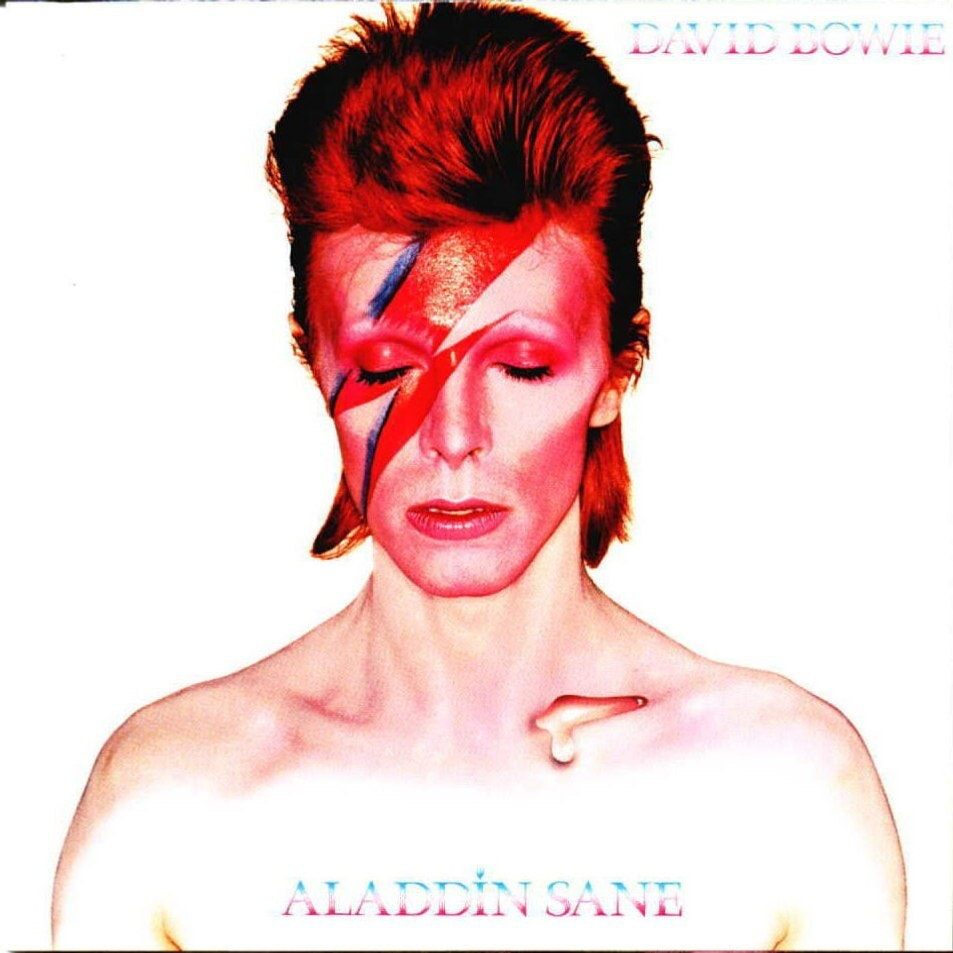 David Bowie\u0027s Most Influential Makeup Looks Are A Stunning