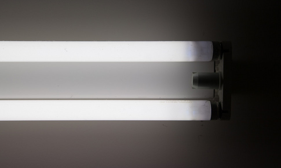 Is Fluorescent Light Bad For You? 3 Things You Should Know About The ...