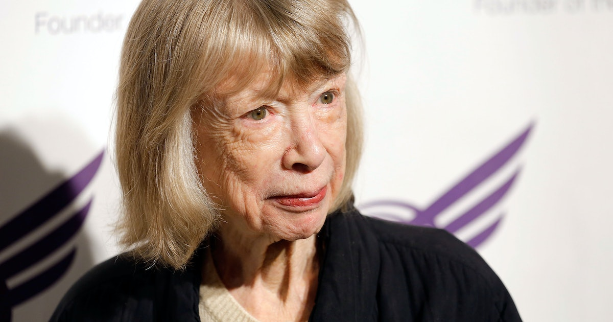 Joan didion essayist ships and ports annual essay competition