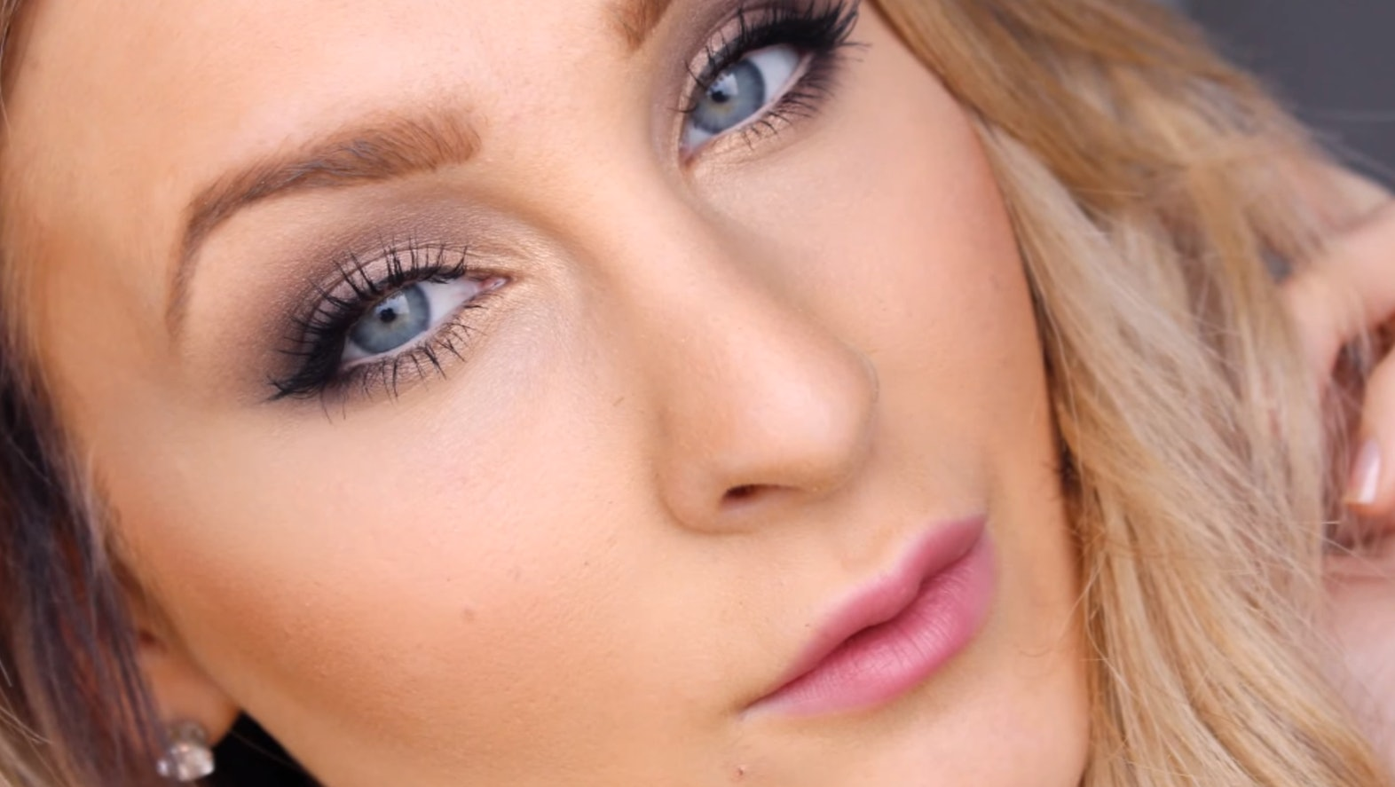 7 Naked Palette Tutorials For Blue Eyes That You Can Do Even Without The Naked Vault II — VIDEOS