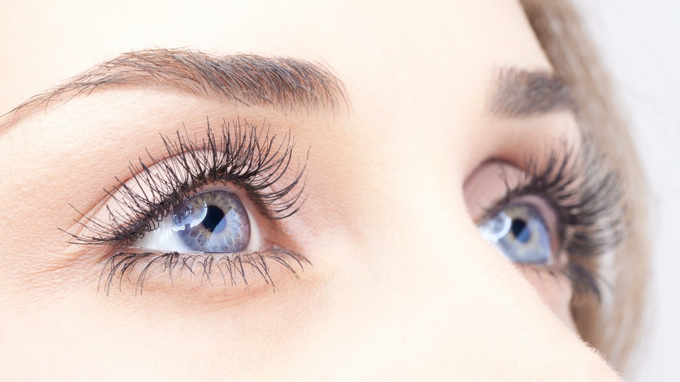5 Ways To Get Thicker Longer Eyelashes