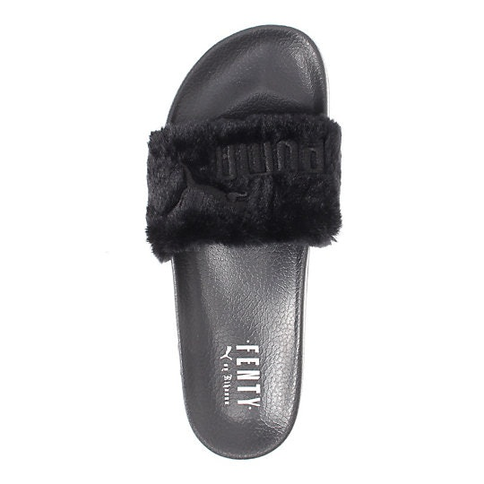 What Size Rihanna Puma Fur Slides Should You Buy  Here s A Key Tip f37ad7fc4