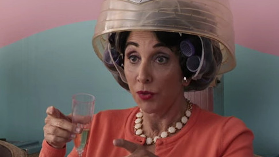 Why Aunt Voula Is The Most Underrated Character In My Fat Greek Wedding