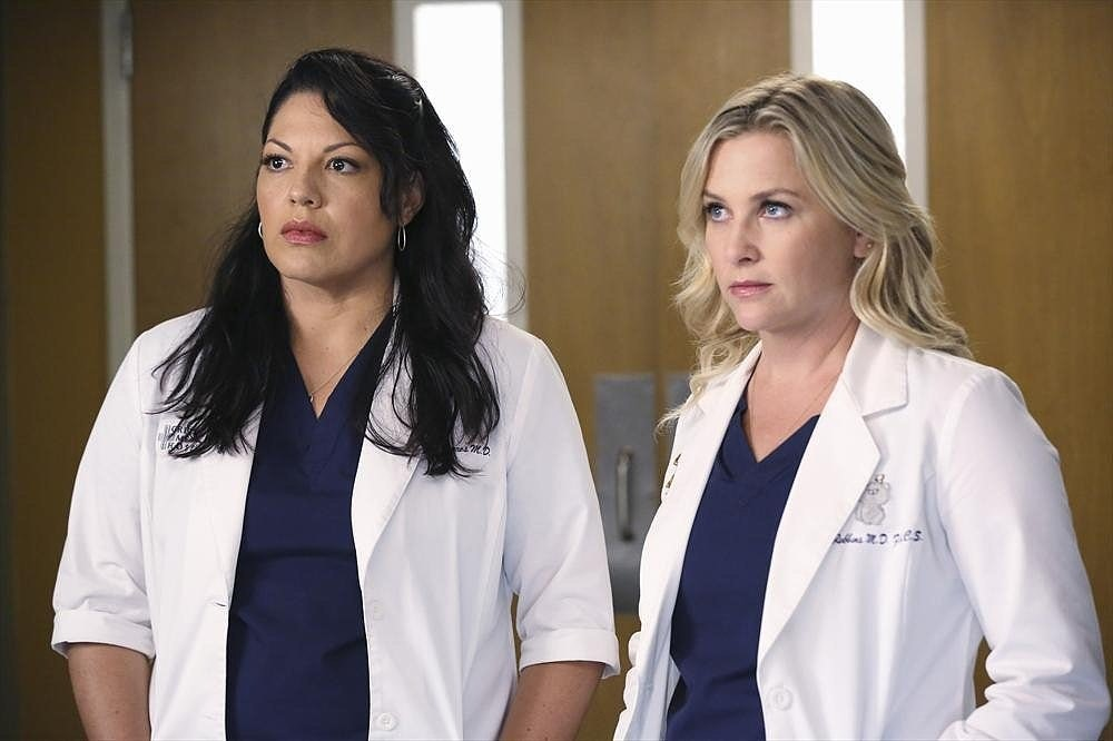 When did arizona and callie start dating