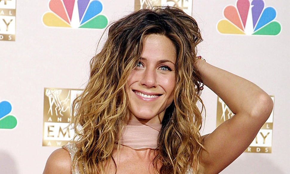 7 Jennifer Aniston '90s Fashion Moments That Defined The ...