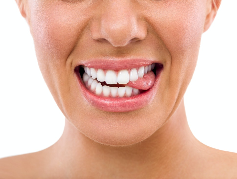 How To Whiten Your Teeth Because You Re Probably Making These 8
