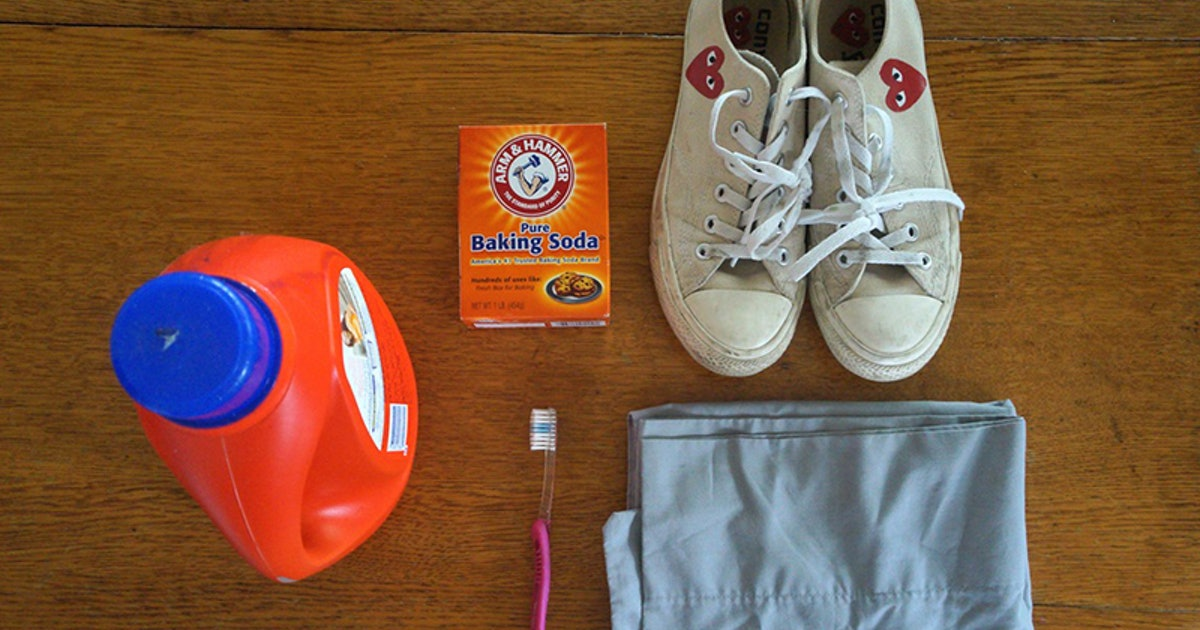 How To Clean White Sneakers Correctly
