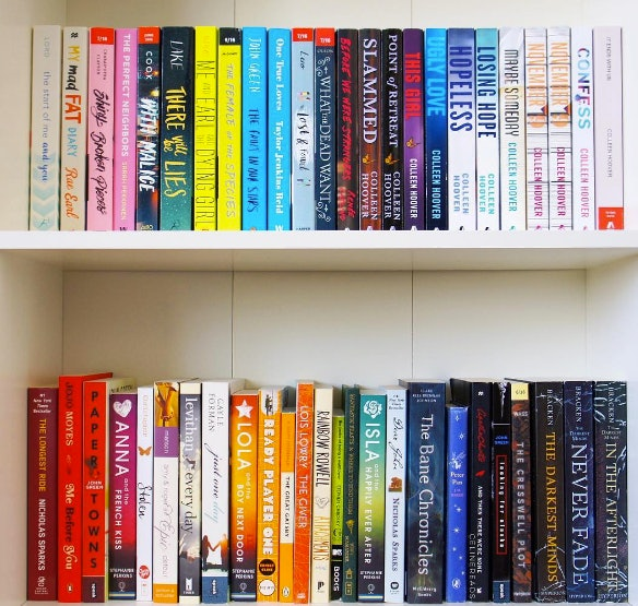 10 Bookshelf Organization Tips To Add A Fresh Look To Your Space
