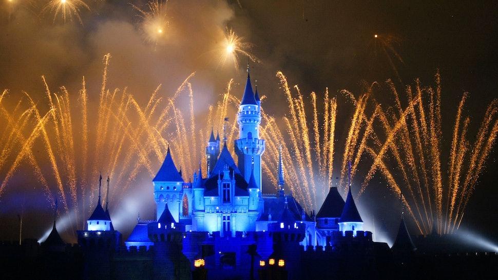4 Nightmarish Disneyland Accidents That'll Ruin The