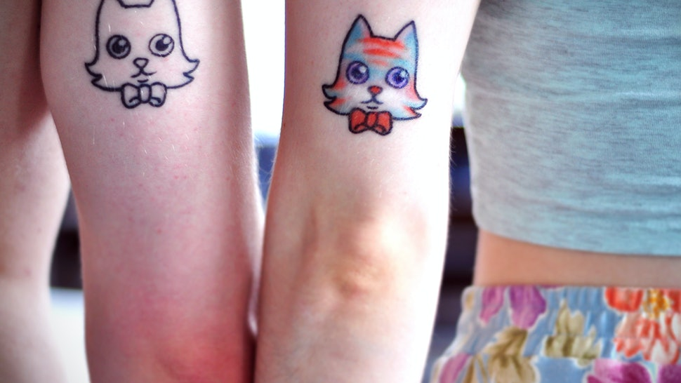 d4e0f7749 13 Tattoos For Couples That Aren't Hearts — PHOTOS