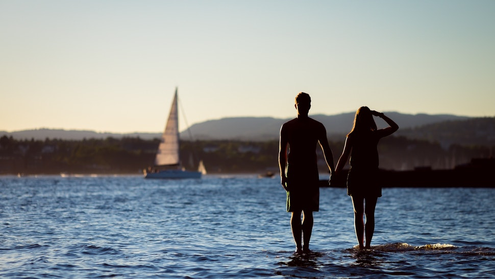 10 Signs You're Setting Up Your Relationship For Failure