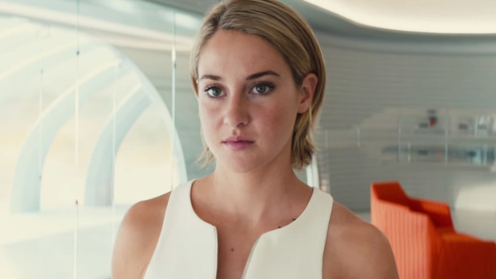 12 times tris prior from the divergent series was a badass feminist