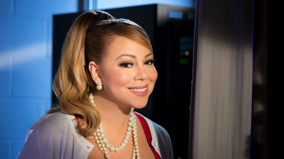 A Christmas Melody.Listen To Mariah Carey S Song From A Christmas Melody