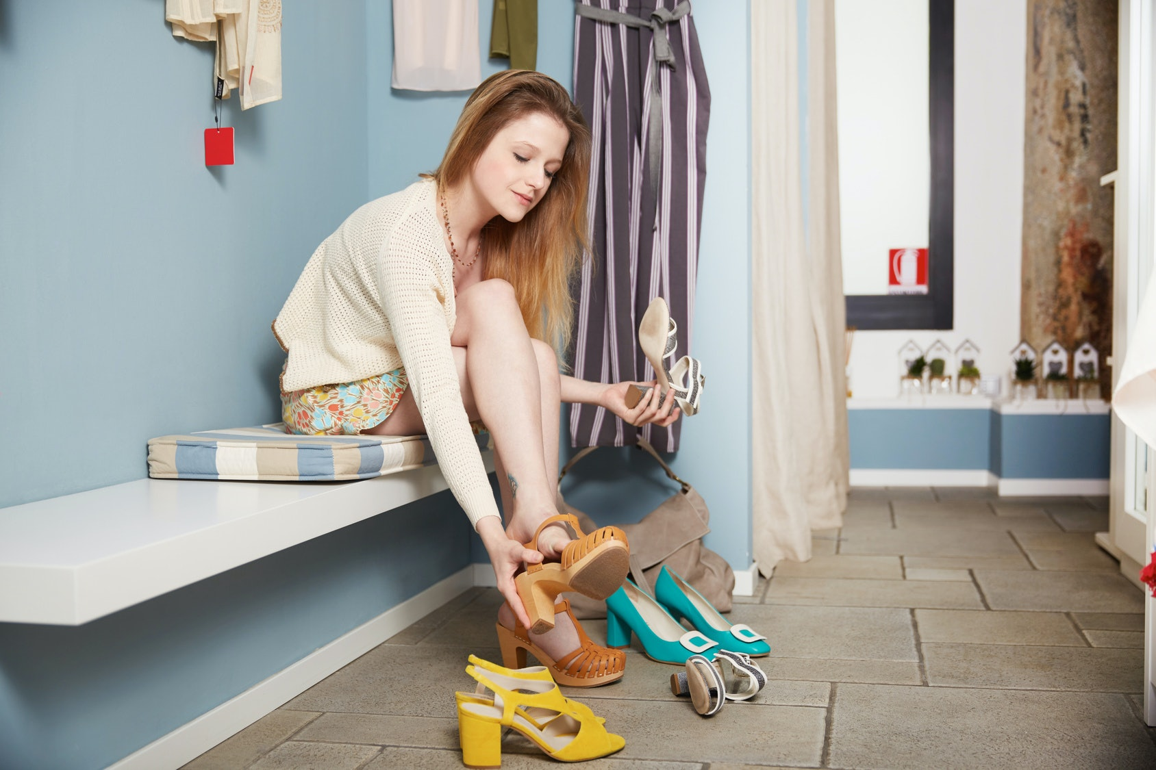 How To Make Old Shoes Look New Again With 10 Genius Hacks