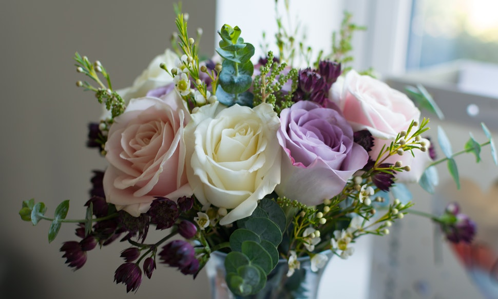 Inexpensive wedding flowers that still look beautiful