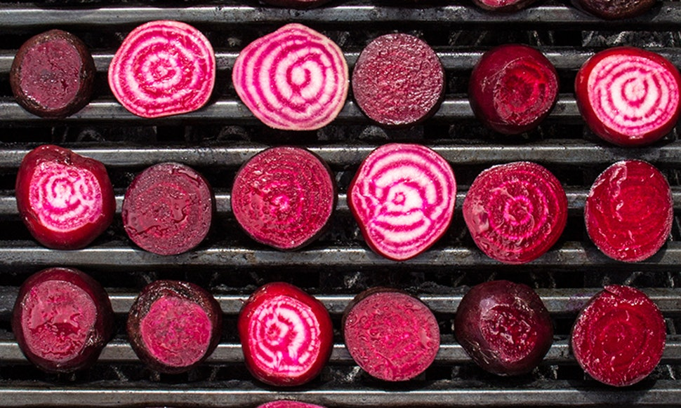 How To Dye Your Hair With Beets For The Prettiest All Natural Red