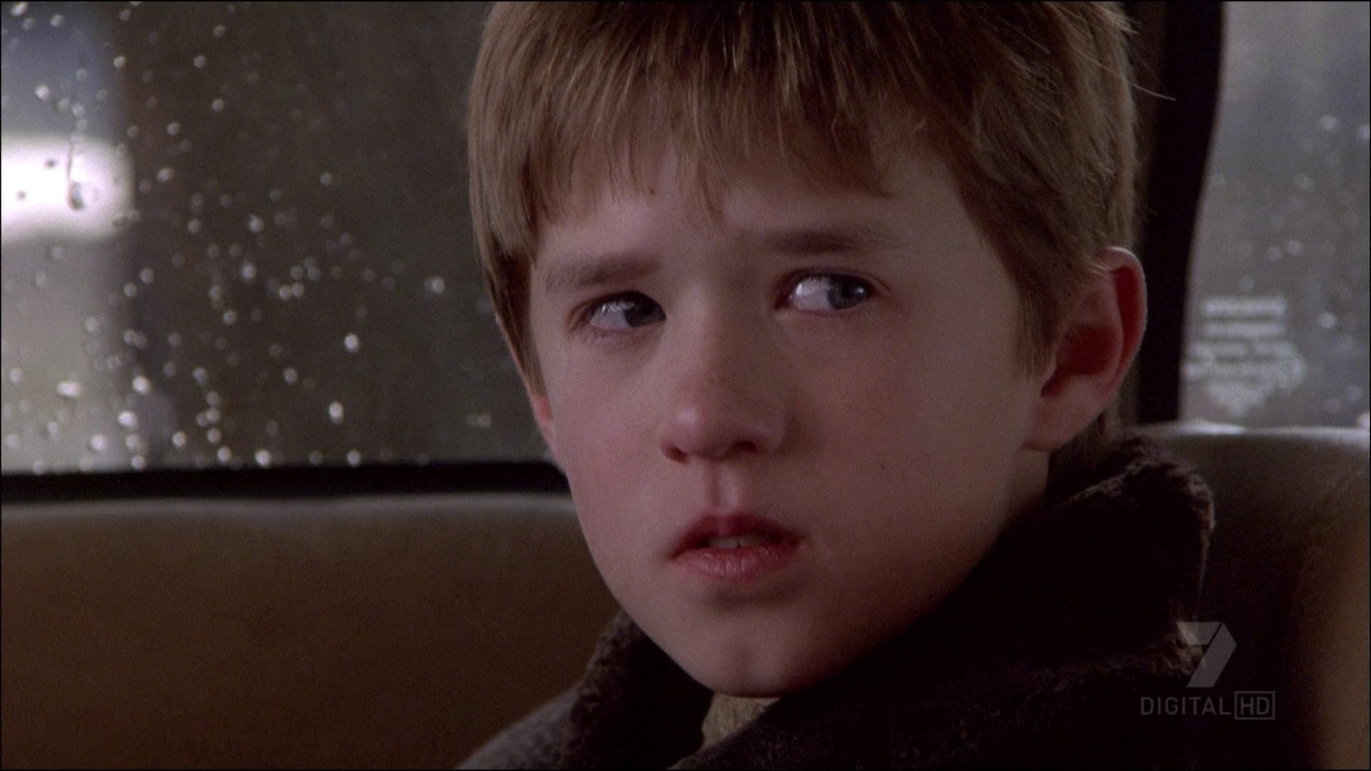 The Sixth Sense Surprise Ending Is Obvious If You Pay Attention To