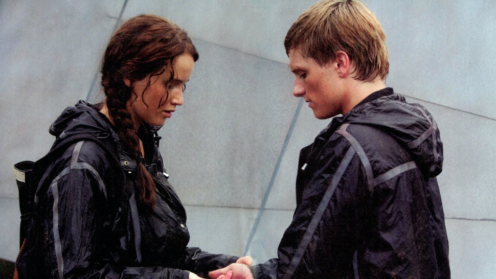16 Romantic Katniss Peeta Quotes Mockingjay Needs In Part One