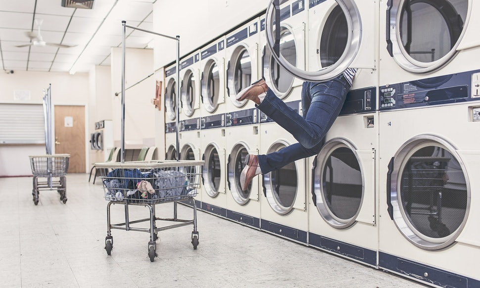 10 common laundry mistakes you might be making that could cause wash 10 common laundry mistakes you might be making that could cause wash anxiety solutioingenieria Images