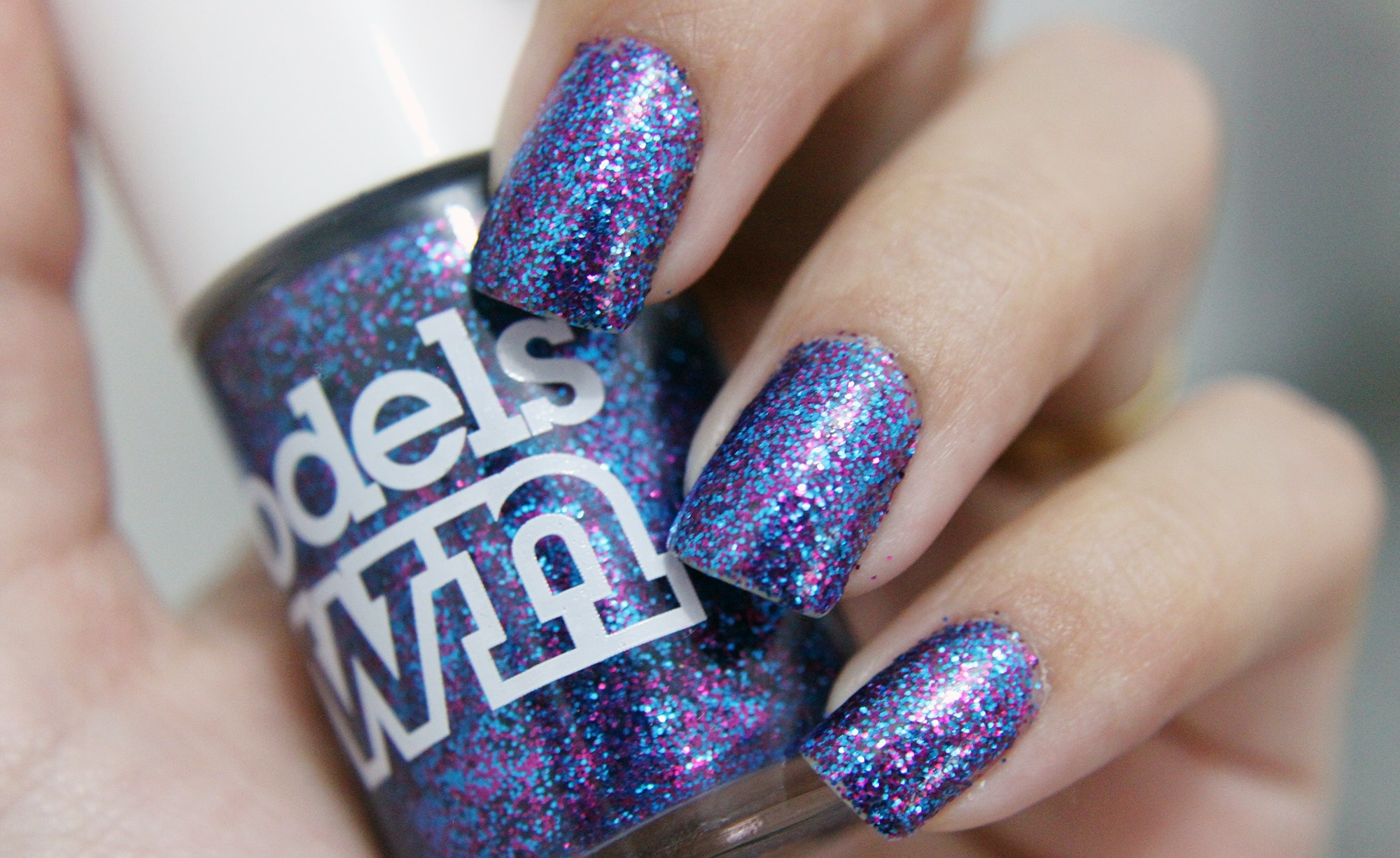 How To Remove Glitter Nail Polish That Just Wont Come Off
