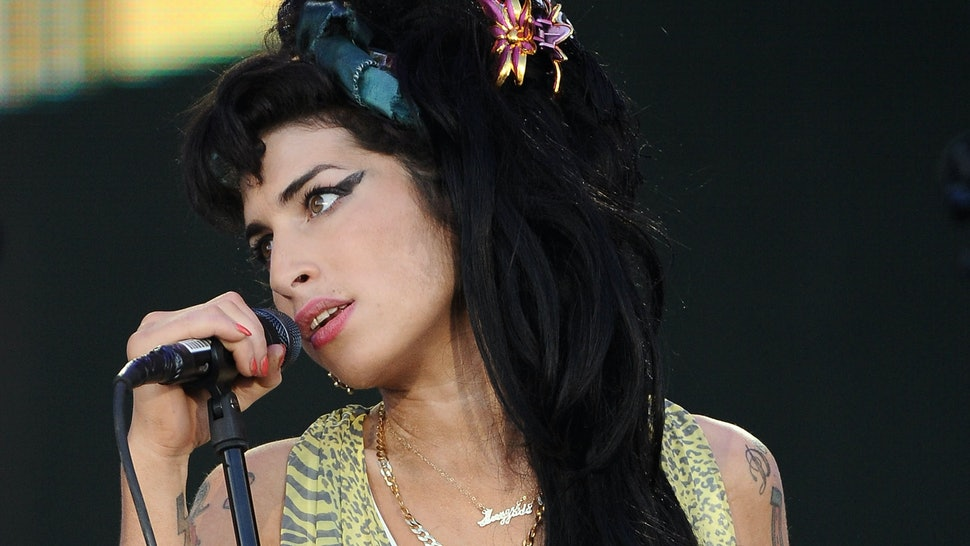 Friends Of Amy Winehouse From Mos Def To Tony Bennett Honor