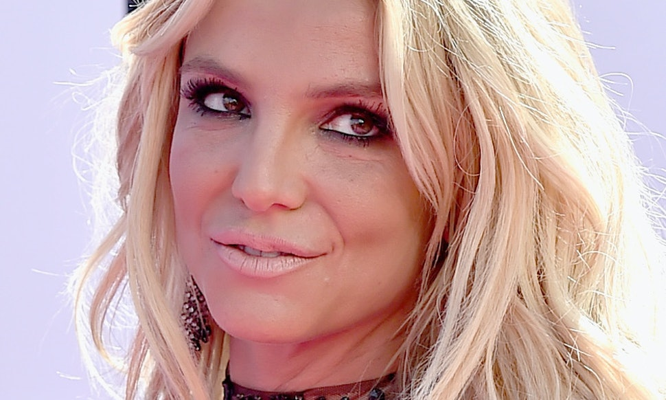 The 17 best lyrics from britney spears glory stopboris Gallery