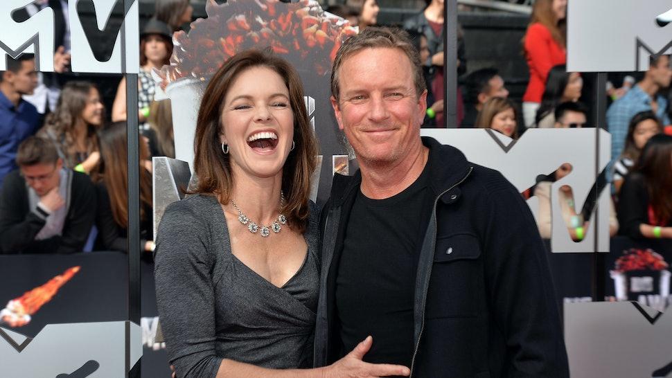Sheriff Stilinski Dates Lydia's Mom On 'Teen Wolf,' Which