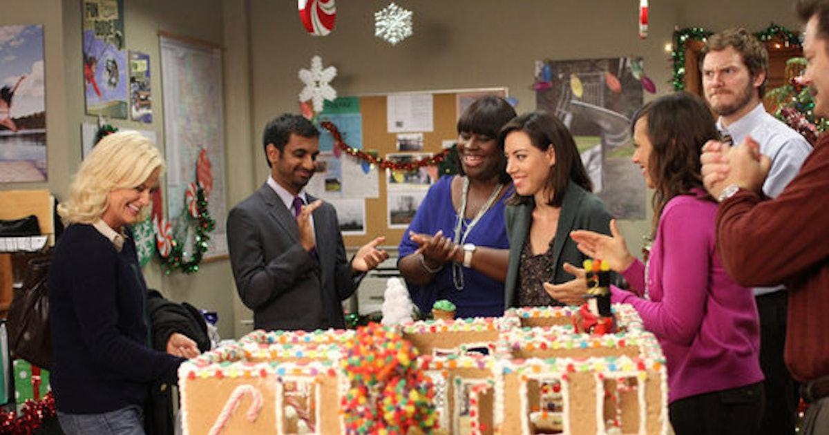 12 Christmas Tv Episodes On Netflix To Binge Watch Keep Your