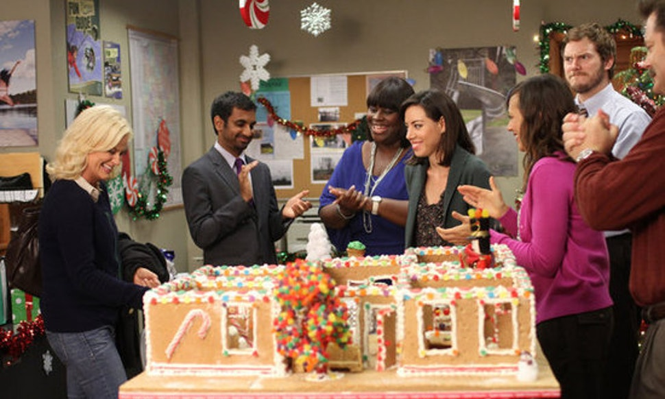 12 christmas tv episodes on netflix to binge watch keep your holiday season merry