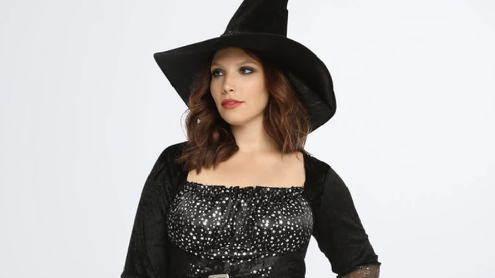 088e96b5c0d 15 Plus Size Halloween Costumes That Are Ready To Party