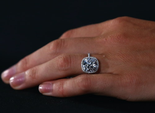28812b8515bdc With How Much Money George Clooney Spent On An Engagement Ring, You ...