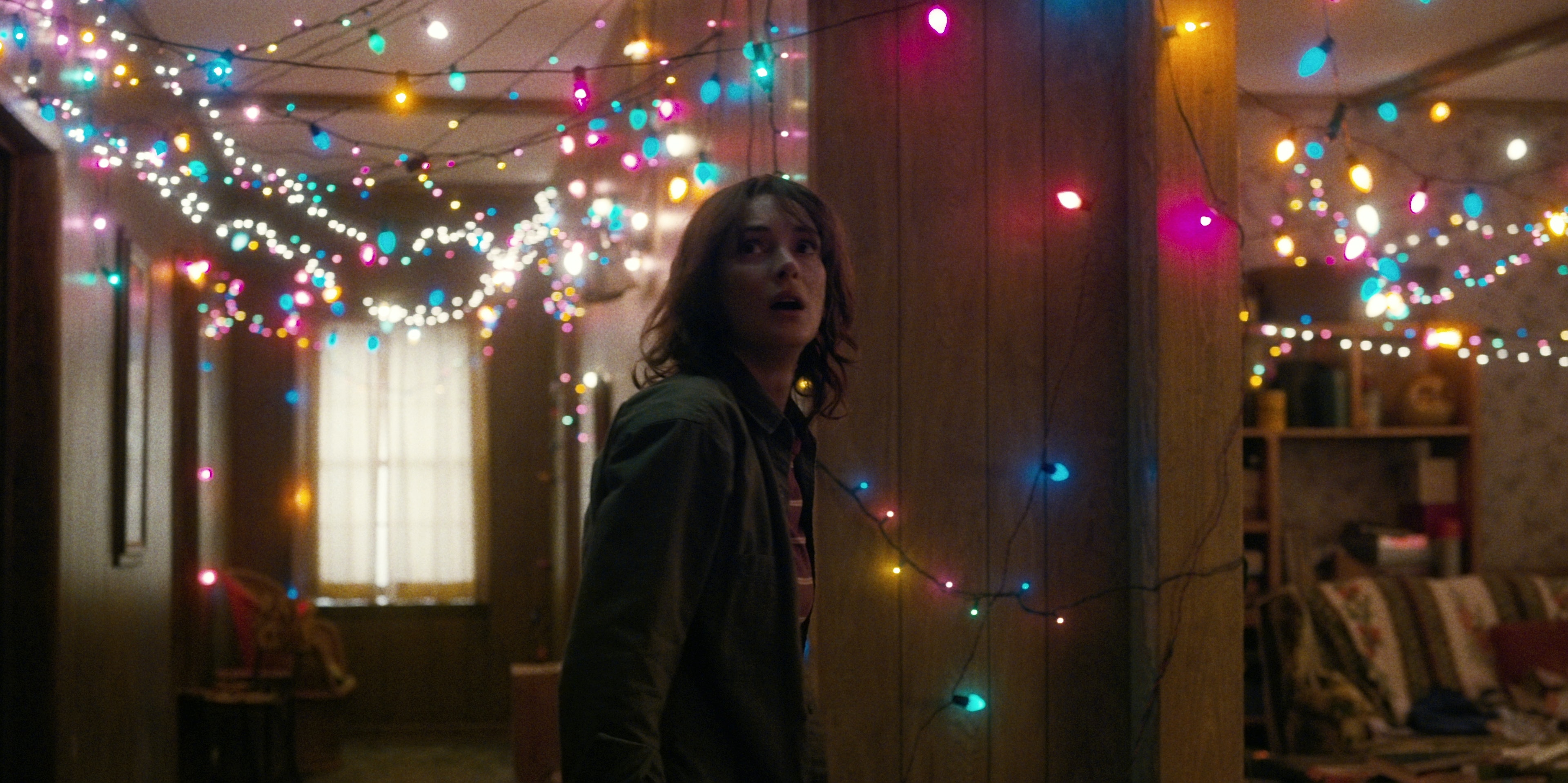 Stranger Things Christmas Lights.What Do The Lights Mean On Stranger Things Joyce Made An