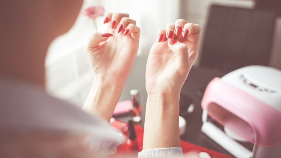 Does Gel Polish Make Your Nails Stronger Or Is It Actually Making ...