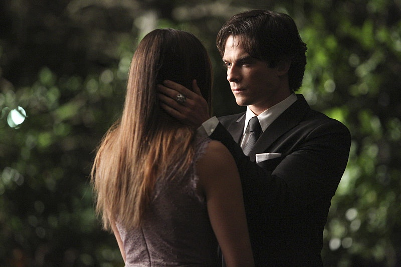 Vampire diaries when do elena and damon start hookup