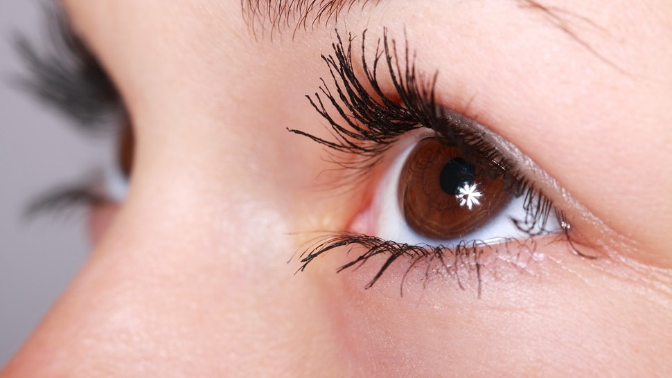 ba72c510b4c Should You Wear Mascara With Lash Extensions? This Tip Will Stop Them From  Falling Out