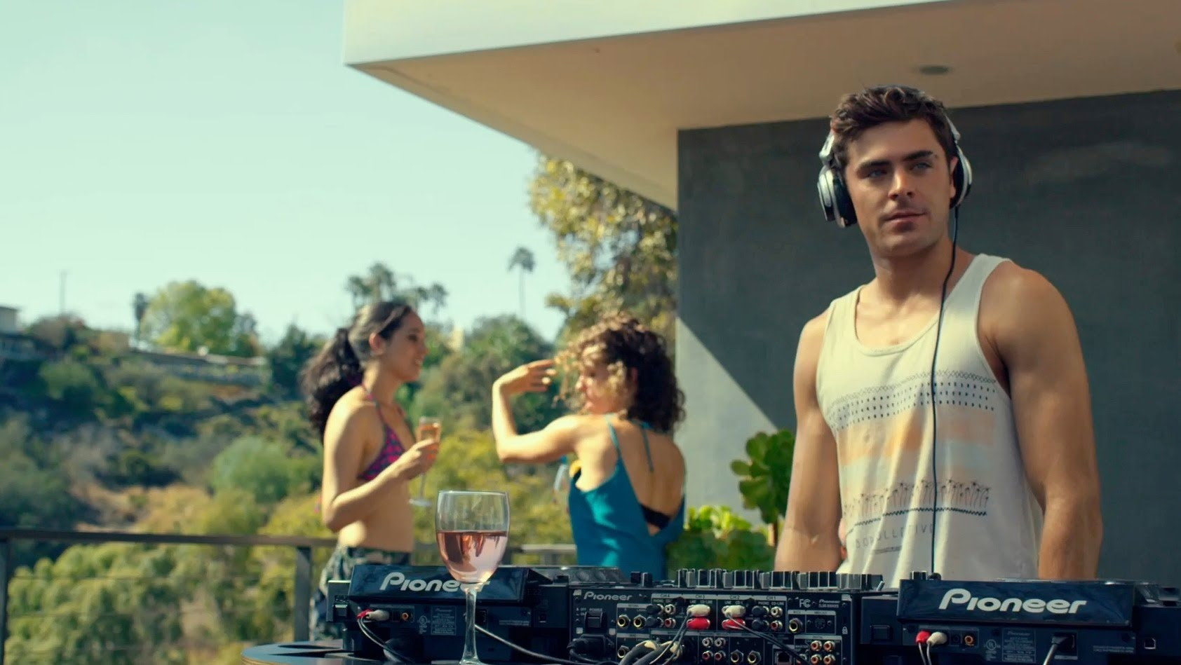 Is 'We Are Your Friends' Based On A True Story? Zac Efron's
