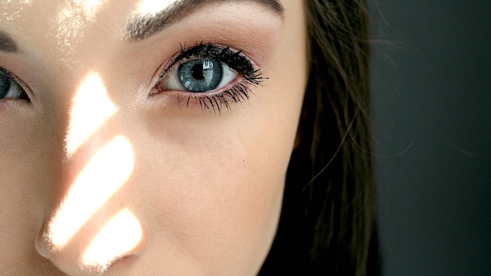 9 Eyelash Growing Hacks For Fuller Longer Lashes
