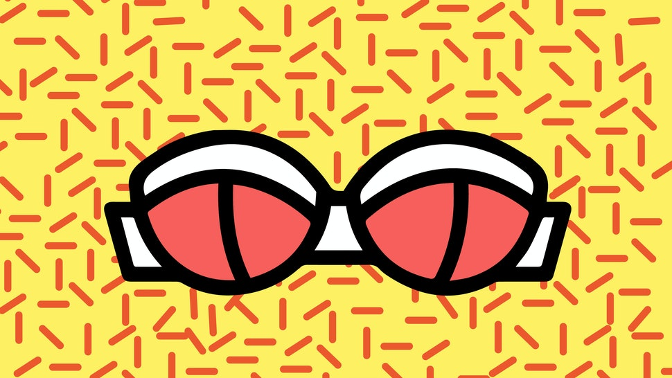 4bac957391b396 Keep Strapless Bras In Place   Actually Make Them Comfy With These 9 Hacks