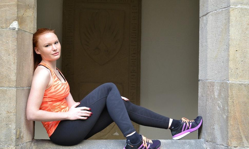 alba-teenage-girl-miss-period-runner