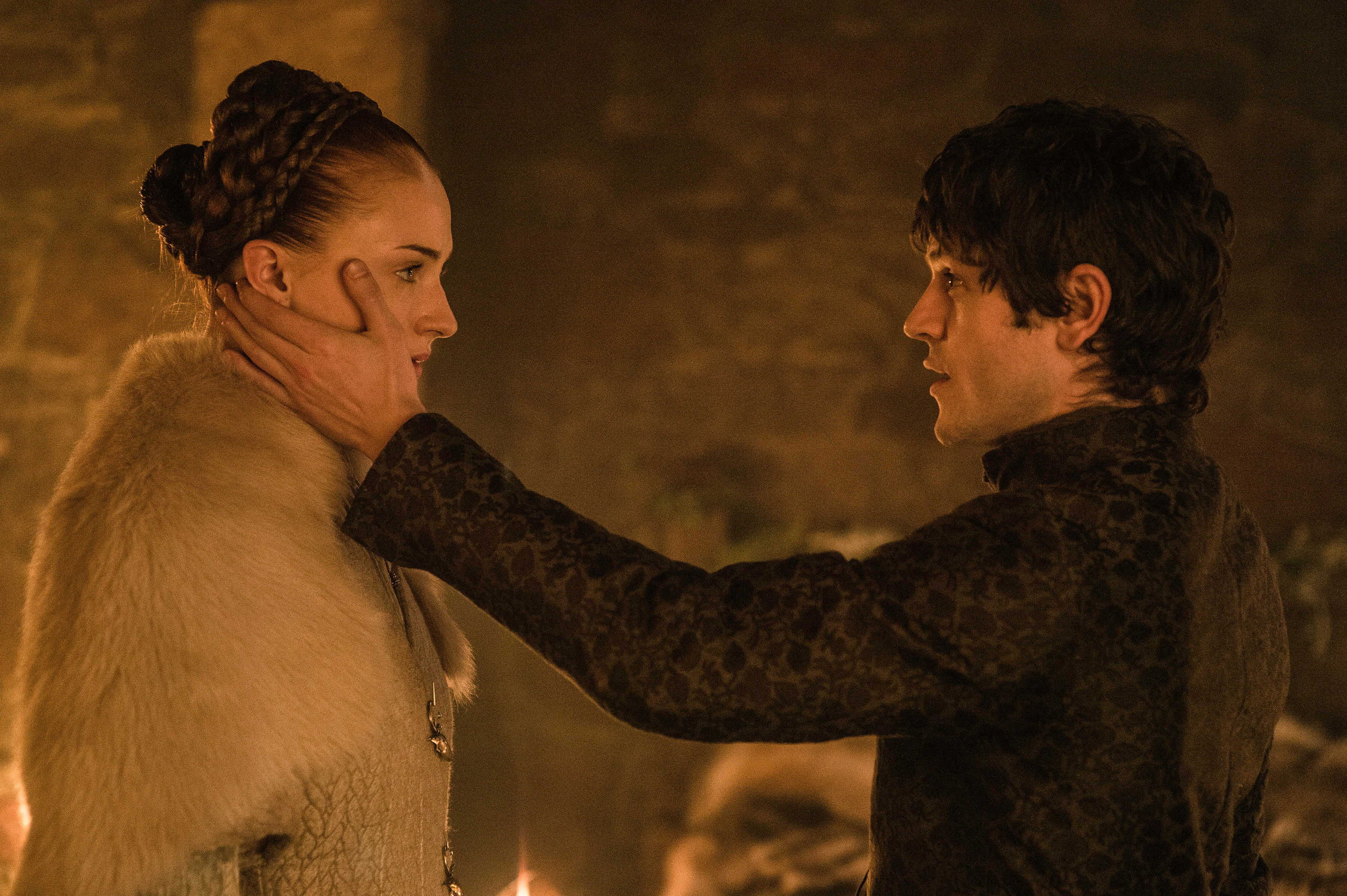 Who Does Sansa Lose Her Virginity To In The 'Game Of Thrones