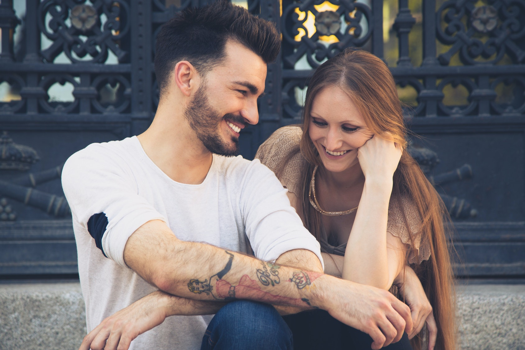 7 signs youre dating a player