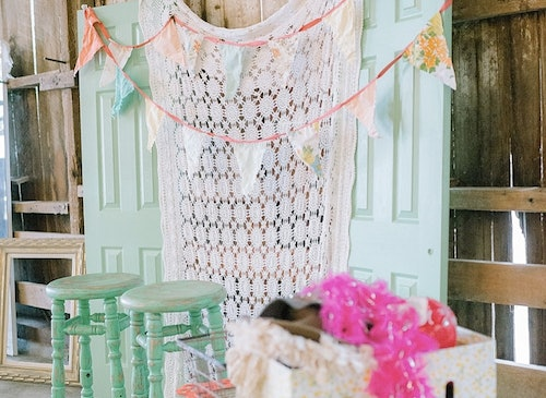 12 DIY Wedding Photo Booth Ideas That Will Save You Money And Look ...